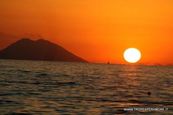 """Concorso fotografico """"i tramonti di Ulisse"""""""