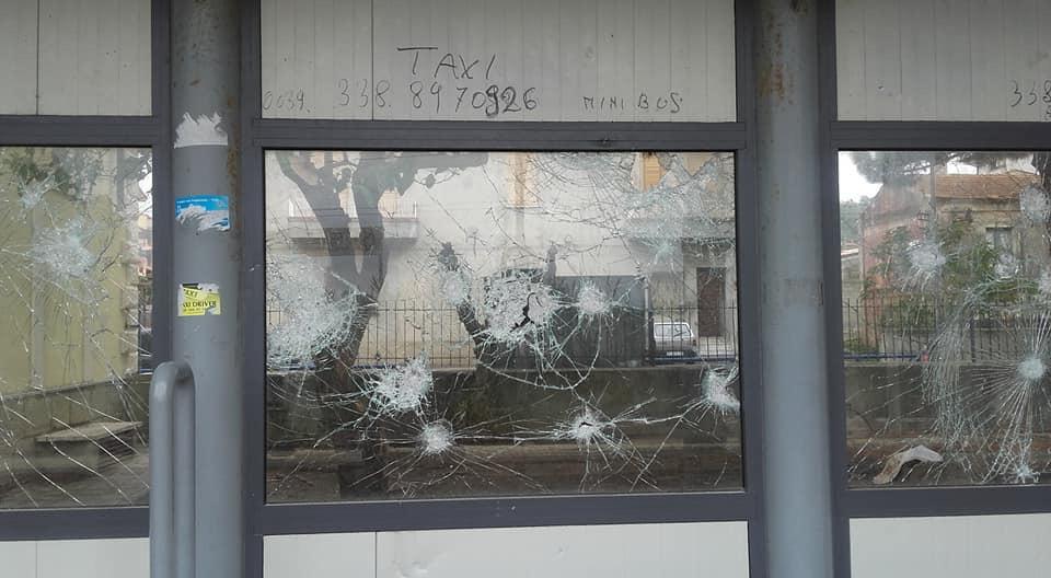 Atto vandalico alla Stazione di Ricadi
