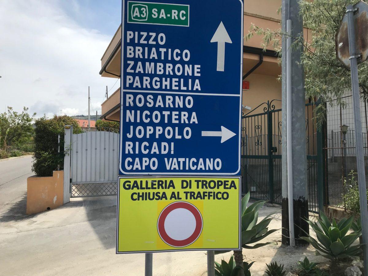 Strada Statale 522- Galleria di Tropea – chiusa da una settimana per lavori di ordinaria manutenzione