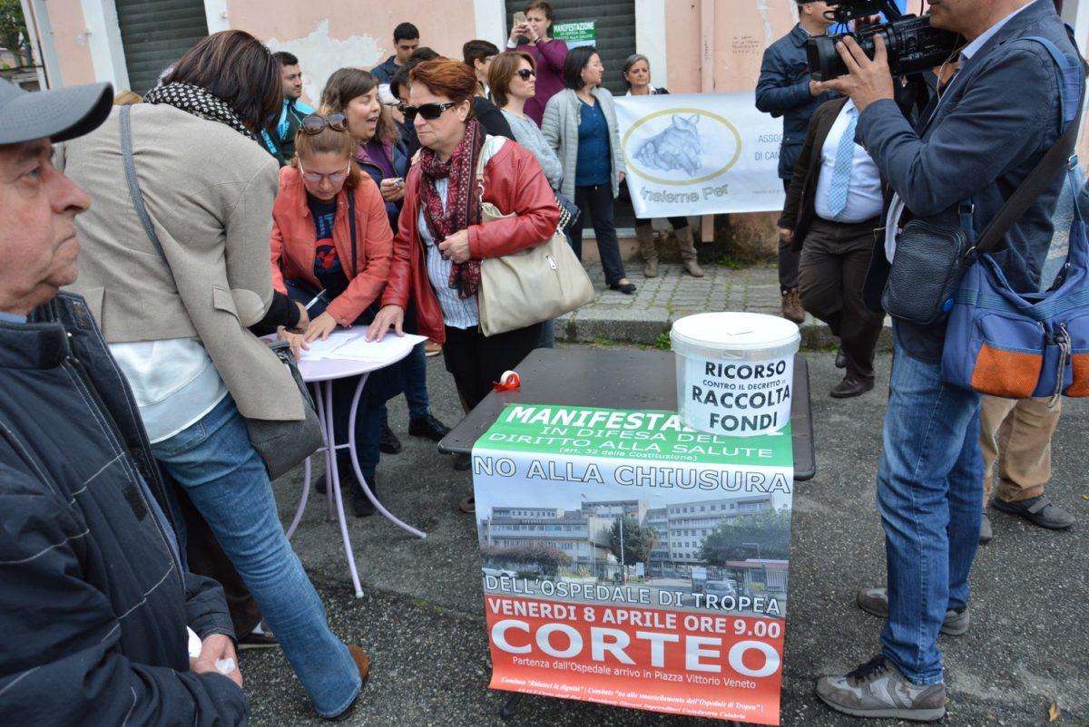 Il Comitato Civico Pro Ospedale di Tropea rigrazia Massimo Scura e  Angela Caligiuri