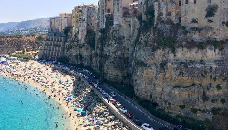 Abbiamo sentito L'imprenditore Michele Restuccia che ci ha consegnato alcune interessanti riflessioni sulla prossima stagione turistica.