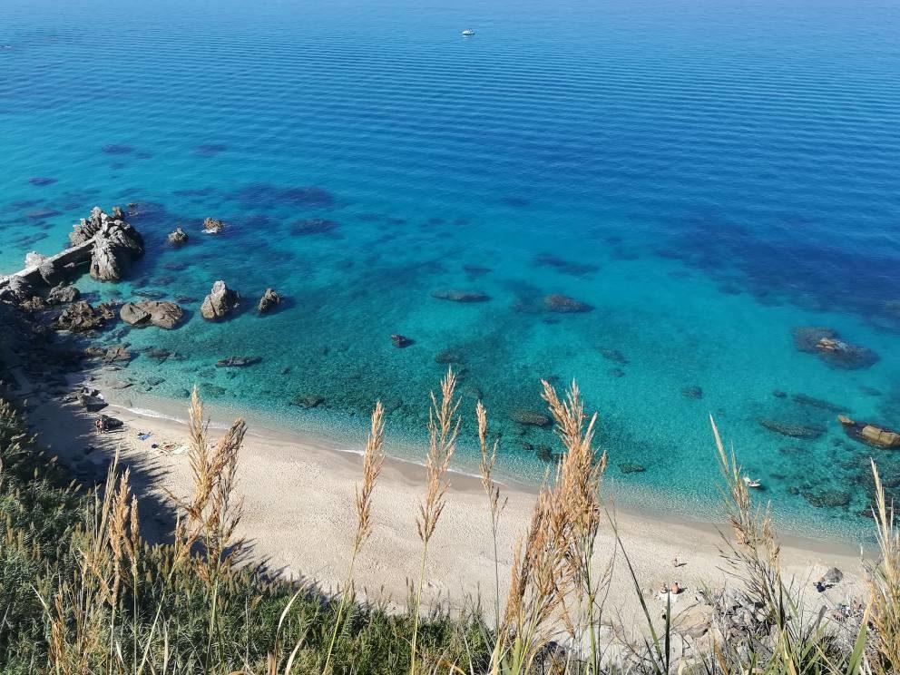 Pulizia spiagge: WWF plaude alla decisione del Comune di Parghelia di rinunciare ai mezzi meccanici