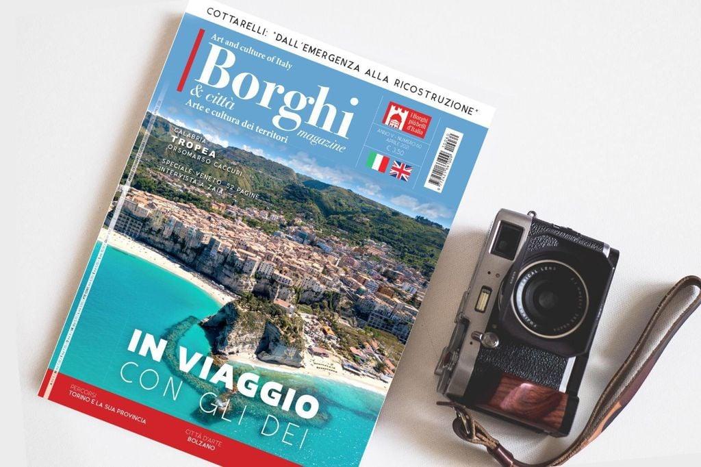 Tropea in copertina di Borghi Magazine: In viaggio con gli Dei