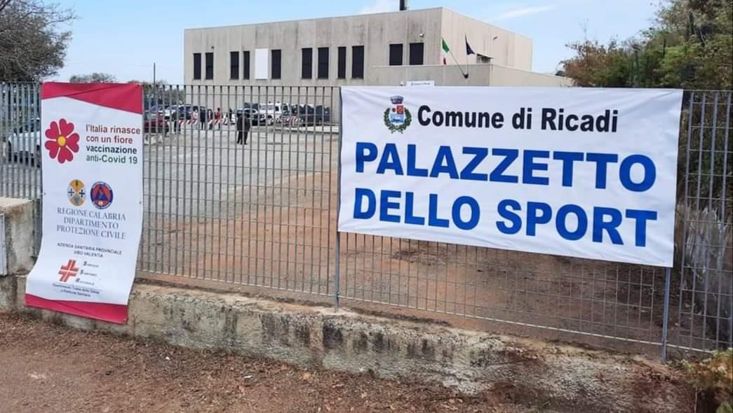 Ricadi, il Palazzetto dello sport diventa centro vaccini
