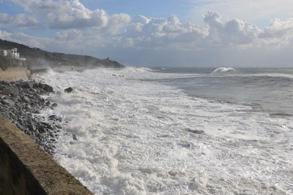 Erosione costiera: ultimo treno per evitare la tragedia?