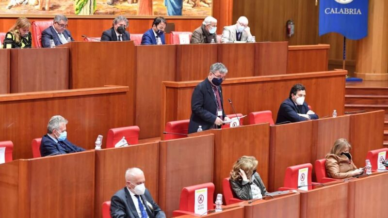 L'intervento del presidente Spirlì