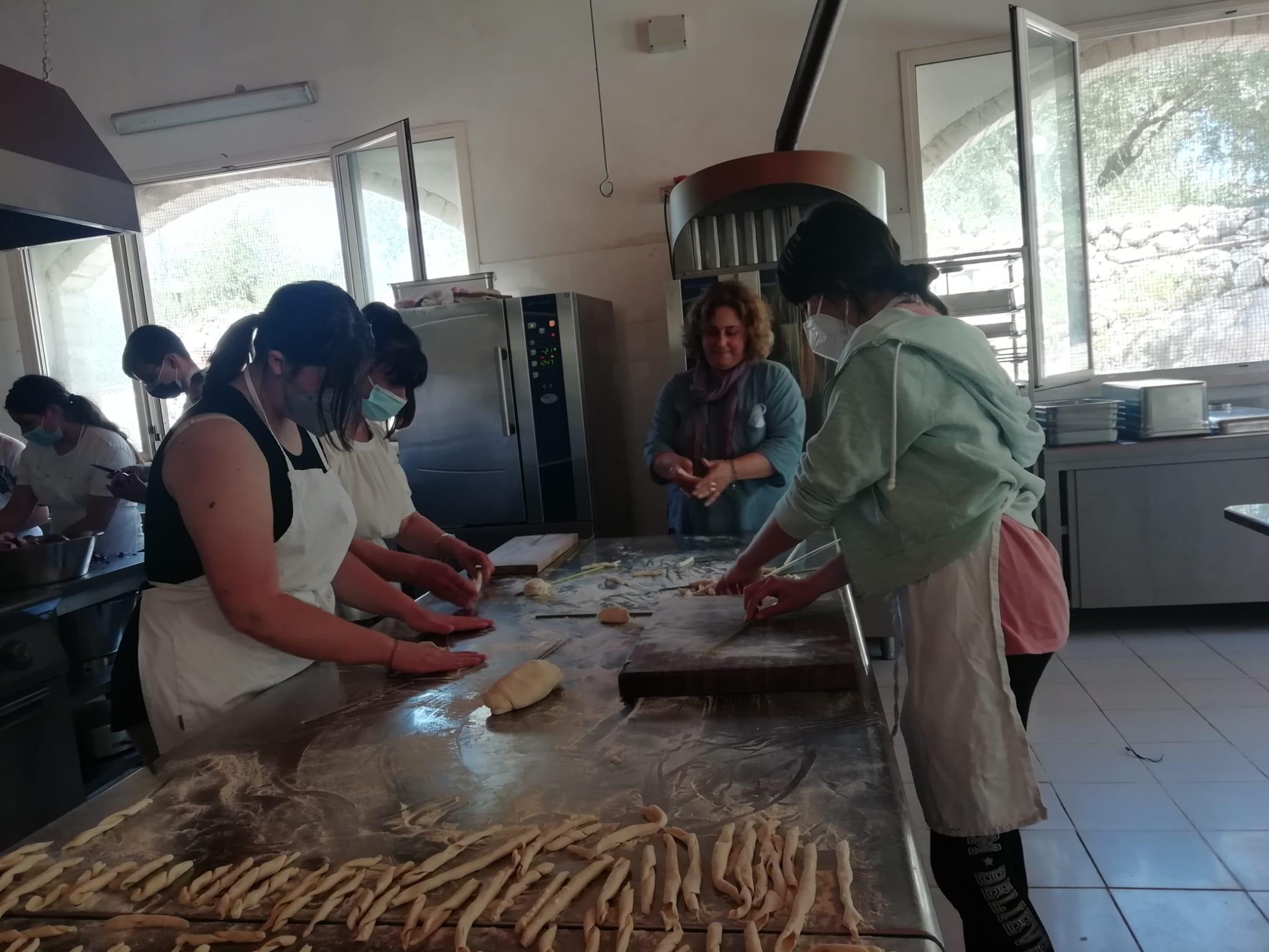 Eat in Europe – Drapia: laboratori enogastronomici per gli alunni della scuola secondaria di Drapia