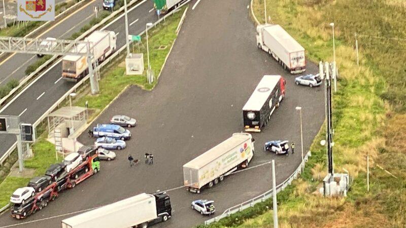 "Polizia Stradale e ROADPOL: campagna europea ""Truck & Bus"""