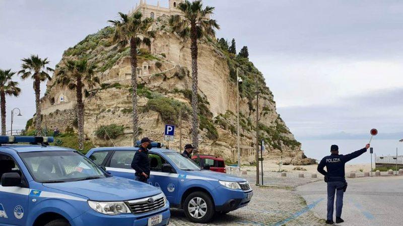 Tropea, controlli Polizia per evitare assembramenti. Sanzionati 4 esercizi pubblici