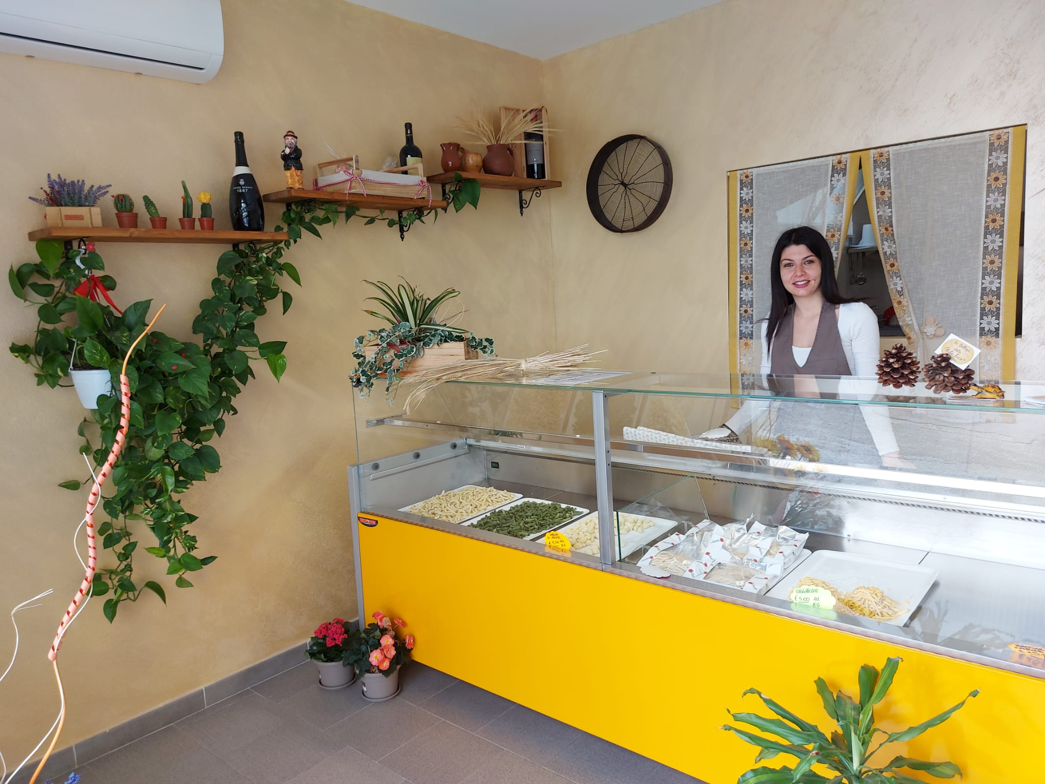 Romania Ventrice, giovane imprenditrice, raccoglie la sfida di rimanere in Calabria