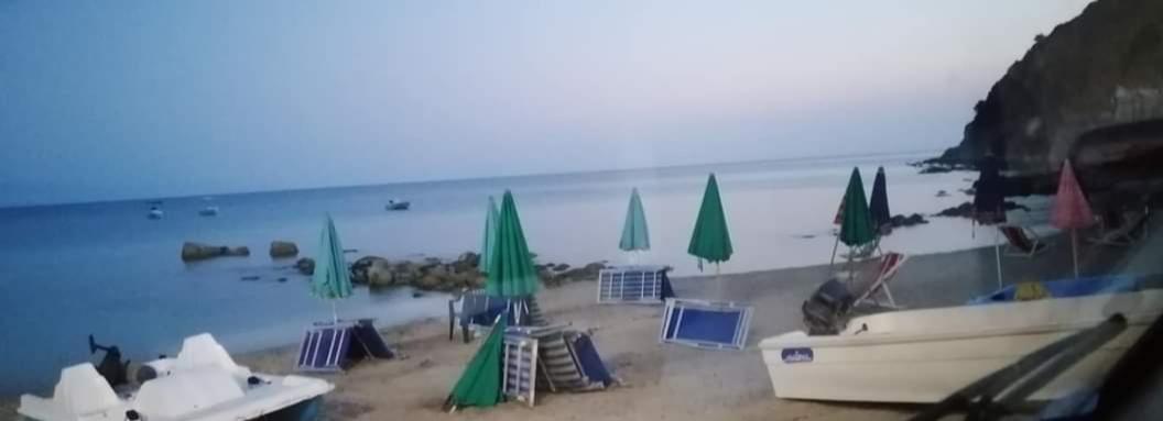 """Disagi nella spiaggia riservata ai diversamente abili a Santa Maria: """"Uniti per Ricadi"""" interroga l'Amministrazione Tripodi sull'accessibilità e fruibilità"""