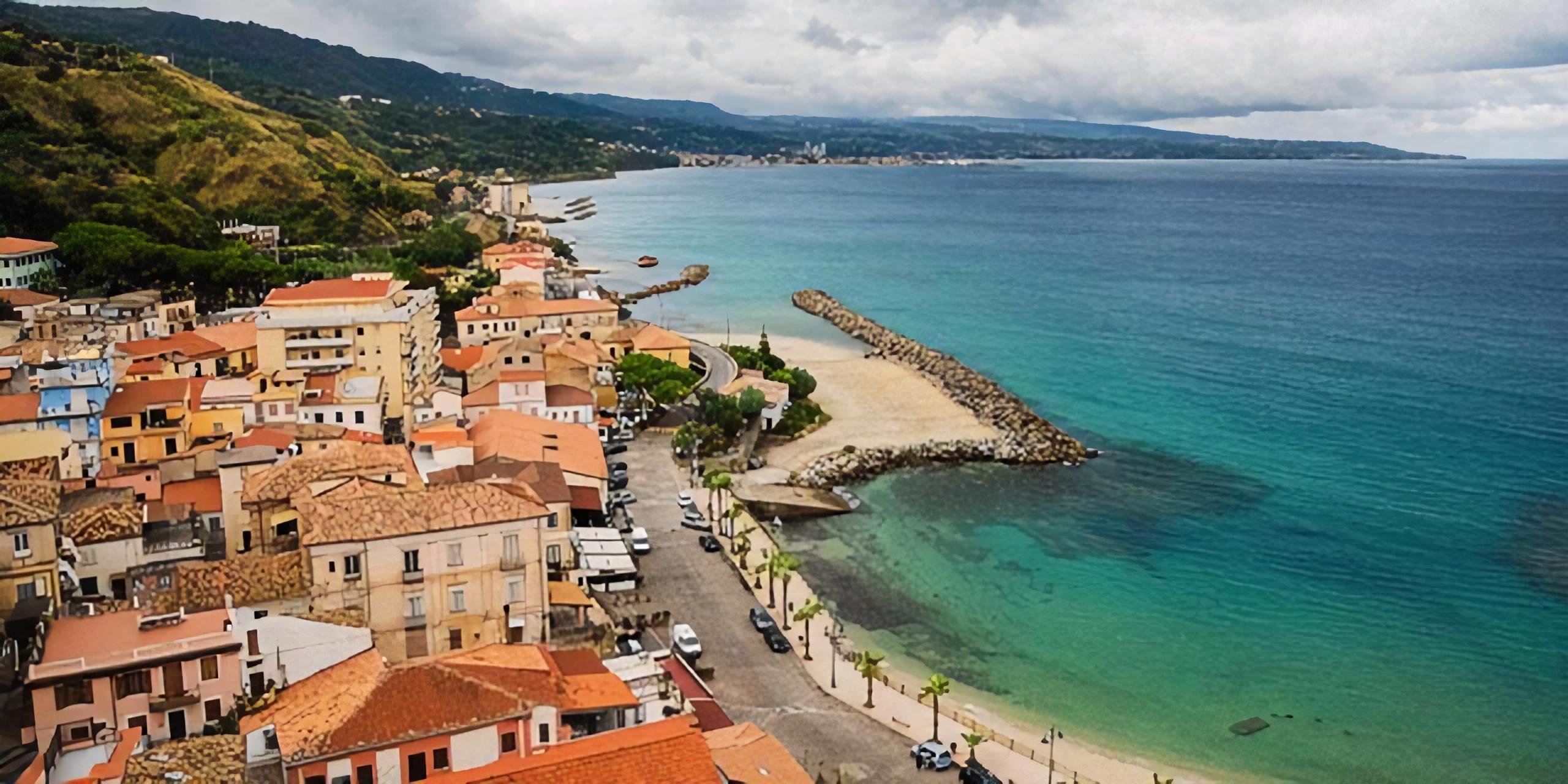 """Ritorna balneabile il tratto di mare in località """"Malfarà"""" a Pizzo"""