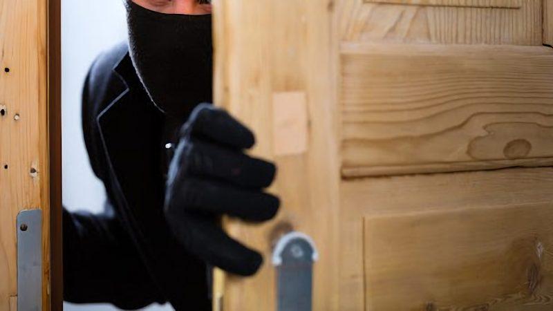 """Turismo: Fenailp """"attenti ai furti in casa"""""""