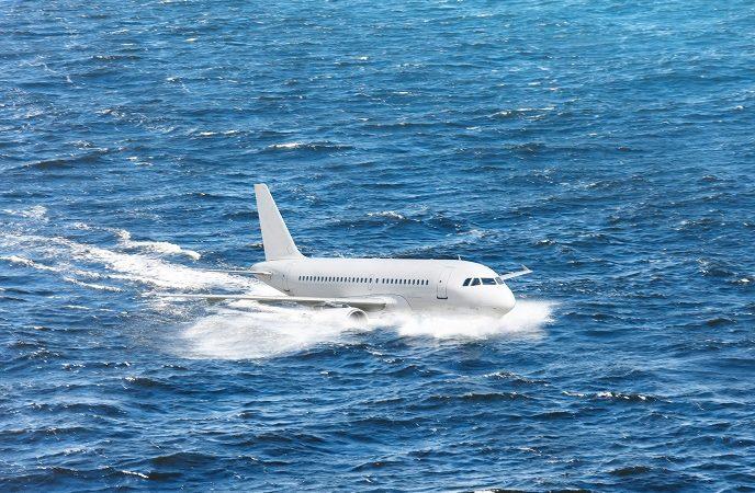 Esercitazione di soccorso a largo di Capo Vaticano: simulazione ammaraggio di un aereo