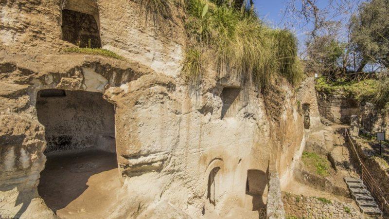Arpacal: l'importanza del sito archeologico delle Grotte di Zungri